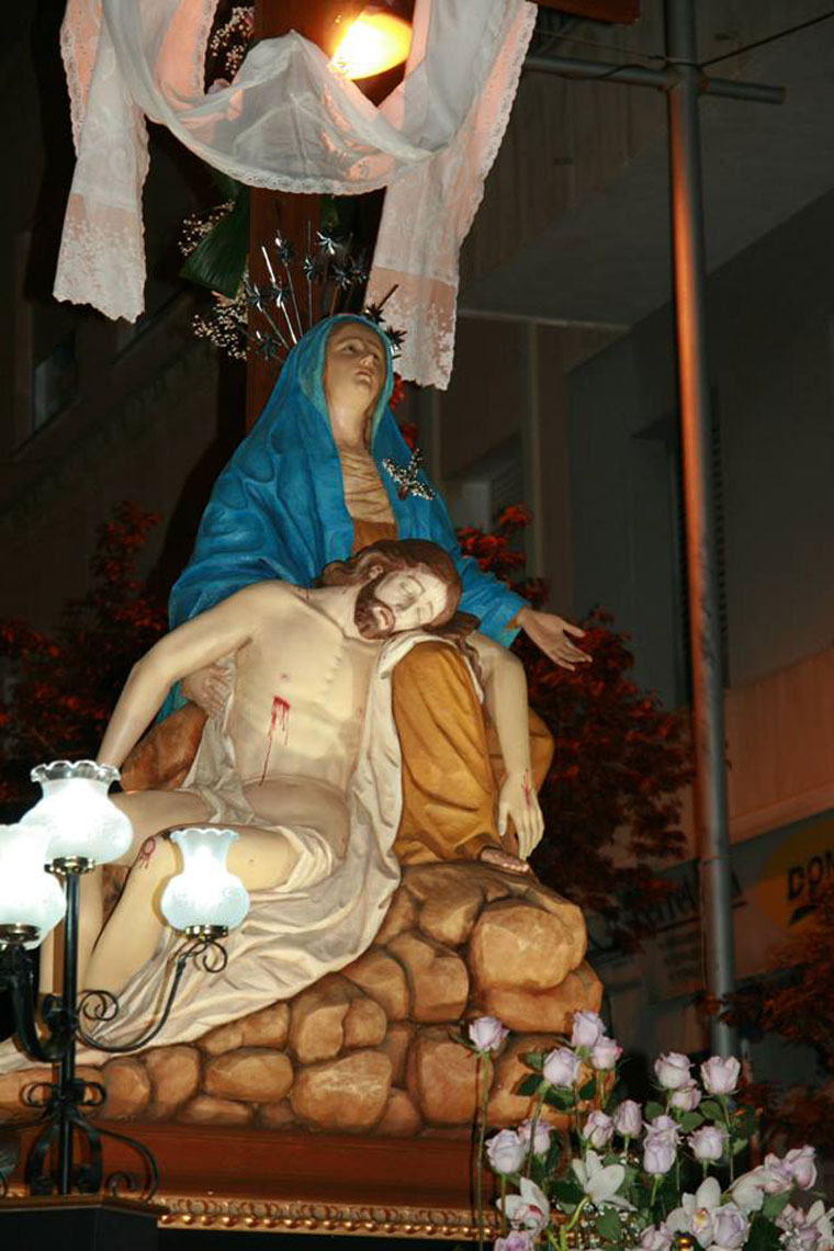 semana-santa-gandia-procesion-viernes-santo-foto-7